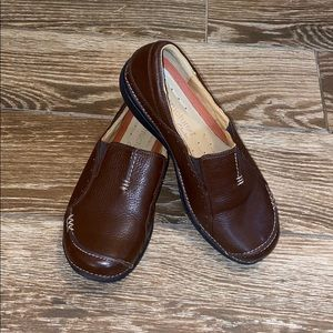 Clark's Structured Leather Loafers